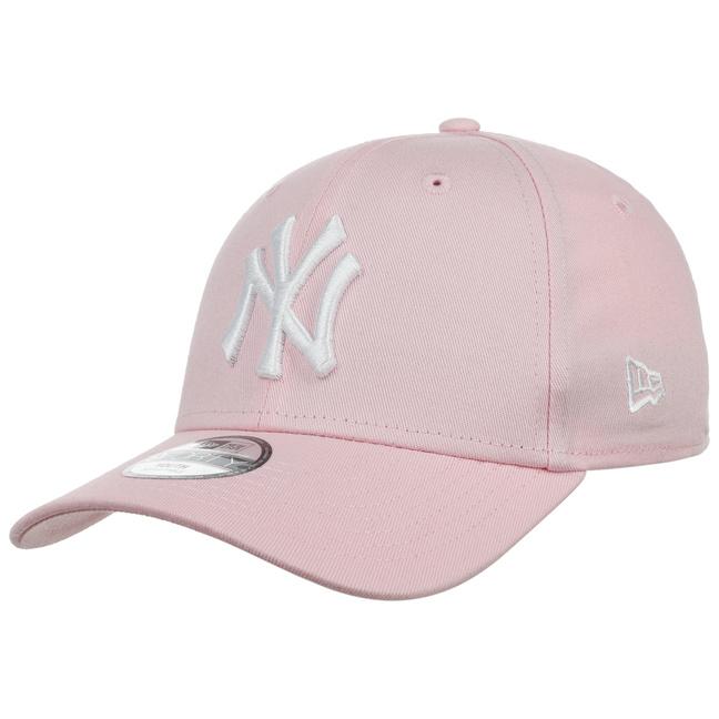 de74a4b3750 9Forty JUNIOR NY Yankees Cap by New Era - 22
